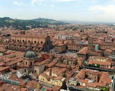 la vue sur la ville, faite en grande partie de briques rouge