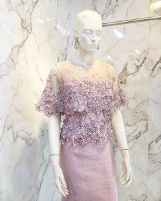 Gala Dresses, Couture Dresses, Bridal Dresses, Evening Dresses, Fashion Dresses, Modern Filipiniana Gown, Kebaya Modern Dress, Kebaya Lace, Kebaya Dress