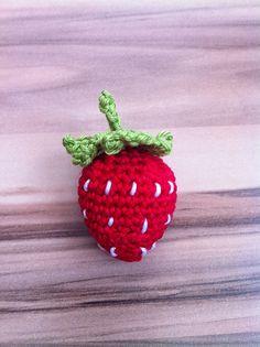 DIY Strawberry, free pattern by Julia Kelly.