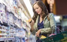 Ravitsemustieteilijä Leena Putkonen kertoo, kannattaako maitoa vältellä, onko gluteeni myrkkyä ja löytyykö margariinista pelättyjä transrasvoja.