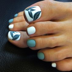 38 Unique Matte Nail Designs Ideas To Try This Fall Stunning 38 Unique Matte Nail Designs Ideas To Try This Fall Elegant Nail Designs, Elegant Nails, Classy Nails, Toe Nail Designs, Stylish Nails, Acrylic Nail Designs, Trendy Nails, Gold Glitter Nails, Neon Nails