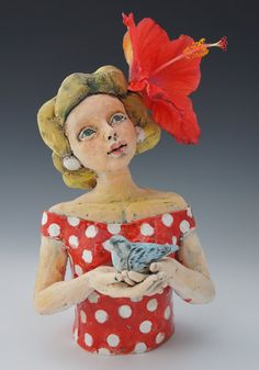 Gracie- ceramic sculptural vase by artist Victoria Rose Martin