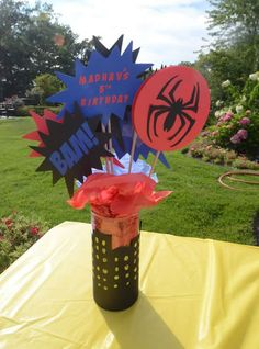 Ideas to decorate a spider man themed party Avengers Birthday, Superhero Birthday Party, 4th Birthday Parties, Birthday Party Decorations, Party Centerpieces, Boy Birthday, Birthday Ideas, Superman Party, Threenager