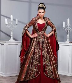 Ottoman kaftan bindallı henna dress - Anisa S - Royal Ball Gowns, Royal Dresses, Pretty Outfits, Pretty Dresses, Beautiful Outfits, Medieval Dress, Medieval Clothing, Arabic Dress, Turkish Fashion
