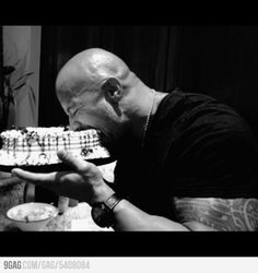 Dwayne Johnson aka The Rock! The Rock Dwayne Johnson, Rock Johnson, Dwayne The Rock, Wwe The Rock, Motivational Picture Quotes, Ll Cool J, Happy Birthday Fun, Birthday Wishes, Birthday Posts