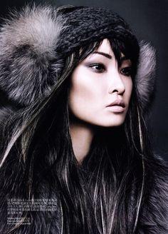 gorgeous  Regan Cameron / Vogue China November 2011.