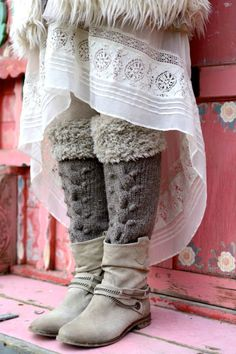 Mori girl layering - tiny owl knits with erika knight fur wool - Erika Knight Mode Mori, Over Boots, Mori Fashion, Fashion Fashion, Runway Fashion, Fashion Ideas, Fashion Tips, Fashion Trends, Forest Girl