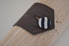DIY Pinselrolle fürs Malen Sunglasses Case, Coin Purse, Diy, Accessories, Brushes, Draw, Creative, Bricolage, Coin Purses