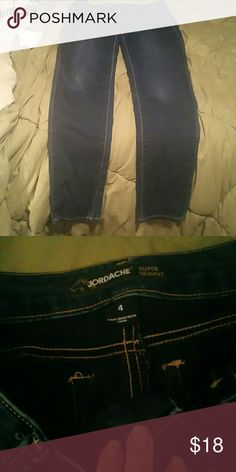 New skinny jeans Skinny jeans very similar to refuge very soft jordache Jeans Skinny