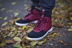 "Nike Lunar Force 1 Duckboot ""Team Red"" - EU Kicks: Sneaker Magazine"
