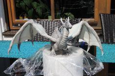 gumepaste dragon