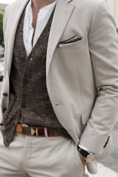 This includes so much I like, collarless shirt, tweed waistcoat, linen, pocket color, and nice belt