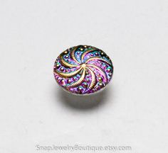 Hey, I found this really awesome Etsy listing at https://www.etsy.com/listing/262095359/petite-snap-button-14mm-czech-glass