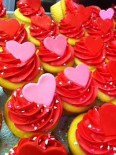 Creative Valentine's Day Cupcakes Decorating Ideas, 2014 Valentines Day Cupcakes, 2014 Lover's Day Cupcakes