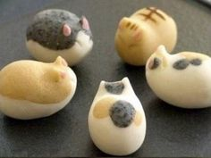 cat wagashi - this would work in marzipan...