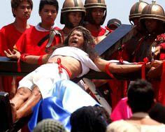 The Discerning Sheep: Holy Week: How Filipino Catholics Perceive It