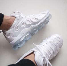 big sale c02bb 1b476  yamtrill  ) White Sneakers Nike, All White Nike Shoes, All White Trainers