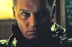 This make up is so well done, spooky, even his nose is reshaped so well , point and brow…. The early reviews for Black Mass prove it: Depp is back.