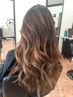 Tendance Coiffure Caramel Balayage Highlights On Dark Hair