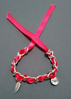 Bracelet gourmette avec ruban : Bracelet par maddy-crea