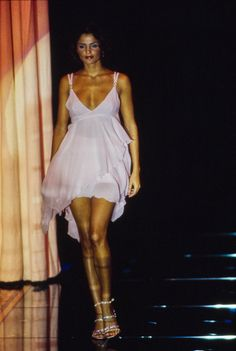 Versace Spring 1995 Ready-to-Wear Fashion Show Collection