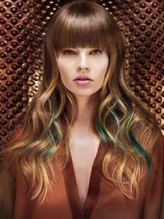 Foto taglio capelli lunghi con frangia inverno 2016