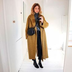 Fashion inspiratie: 23 winter outfits - When Sara Smiles Mode Outfits, Winter Outfits, Fashion Outfits, Womens Fashion, Mode Style, Style Me, Mode Plus, Inspiration Mode, Look Fashion