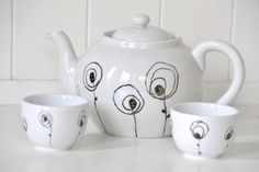 Recycled Tea Service: Maria Montessori - Reclaimed Teapot and Handle-less Mugs Hand Painted with a Wildflower Desgin Black And White Dishes, Maria Montessori, Tea Service, Teapot, Recycling, Handle, Decor Ideas, Pottery, Hand Painted