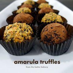 the batter baker: Amarula Truffles Dark Chocolate Truffles, Chocolate Powder, Oreo Truffles, Just Desserts, Dessert Recipes, Truffle Mac And Cheese, Mocha, Sweet Treats, Desert Recipes