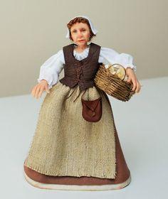 Ich möchte Ihnen Joan vorstellen. Sie ist auf dem Weg zum Markt, ihren Korb Gänseeier zu verkaufen. Sie ist eine alte Jungfer, mit ihrer Schwester Alice lebt. Joan kann mit ihrer Schwester in eines der Bilder gesehen, aber dieses Angebot nur für Joan ist (Alice gibt es in einem separaten Eintrag).  Joan wurde von Hand in Fimo geformt und ihre Kleider wurden handgenäht. Sie ist an den Armen und Beinen, verdrahtet kann so sanft gestellt werden. Sie wurde gemalt mit Genesis Heat Set Farben für…