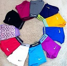 Best Sport Bras Athletic Wear Nike Pros Ideas - Sports Bras - Ideas of Sports Bras Volleyball Outfits, Cheer Outfits, Sporty Outfits, Nike Outfits, Athletic Outfits, Athletic Wear, Athletic Women, Cheer Clothes, Gymnastics Outfits