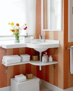 something like this would be neat in the upstairs bathroom since there is no vanity under the sink