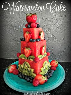 This DIY watermelon cake is made easily with seedless watermelons and fresh berr., This DIY watermelon cake is made easily with seedless watermelons and fresh berries and kiwi. There is a full tutorial and more fantastic photos! Fresh Fruit Tart, Fruit Birthday Cake, Healthy Birthday Cakes, Fruit Creations, Fruit Arrangements, Food Platters, Fruit Recipes, Dessert Recipes, Creative Food
