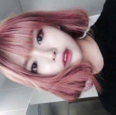 woah her hair is nice -ella