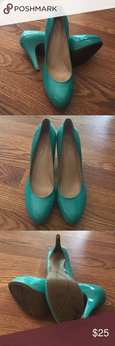Marc Fisher Pumps Round toe teal pumps. Marc Fisher brand. Worn once. Marc Fisher Shoes Heels