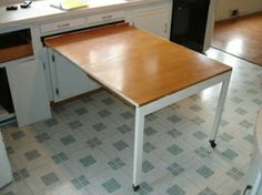 pull out table