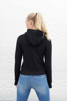 Black Majuscule hoodie from Famme Custom Made, Turtle Neck, Hoodies, Fabric, How To Make, Sweaters, Cotton, Fashion, Tejido