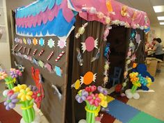 In the Wonderful world of Lillian :): Candyland Father Daughter Dance they used brown table clothes to cover the tent.