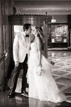 Jenna & Eric - New York Wedding http://caratsandcake.com/JennaandEric