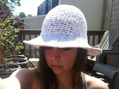 My first sun hat \(^ ^)/ I have been wearing this hat pretty much every day. Its great for gardening and wearing outdoors. I kept this pattern very basic and decided to make the brim straight rathe…