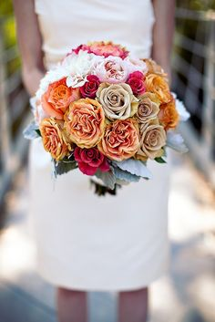 LOVE the colors. great for a fall wedding