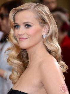 Oscars Hairstyles 2013: Best Celebrity Hairdos - From classic updos, shiny tresses and sophisticated curls, the red carpet hairstyles from the Academy Awards are full of inspiration! Check out who made our best tressed list!