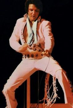 Elvis Presley January - February 1971- Las Vegas