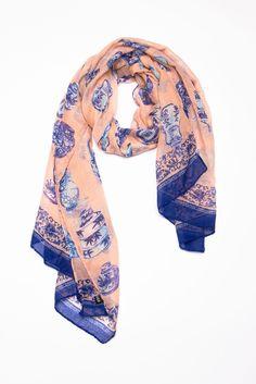 253 meilleures images du tableau Echarpes et Foulards   Silk scarves ... ad78d215af8