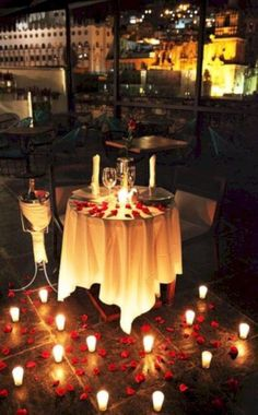 🦹🏾♂🦹♀Romantic Surprise for him? 🦹🏾♂🦹♀Romantic Surprise for him? Romantic Room, Romantic Evening, Romantic Things, Romantic Dinners, Romantic Ideas, Romantic Dinner Setting, Romantic Table, Surprise Boyfriend, Boyfriend Dinner