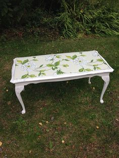 Shabby Vintage Chic Old White Hand Painted Coffee Table With Cabriole Queen Anne Legs Anni