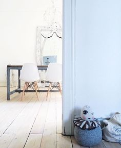"""Wooden Story on Instagram: """"@camillaguldbrandt 's lovely interior and our #woodenstory #cotton #sack  • #home #interiordesign #minimalistic #light #dreamy #homeinterior"""""""