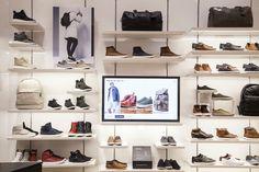 C'est un voyage numérique connecté que l'enseigne Aldo, spécialisée dans la vente de chaussures et d'accessoires, propose à ses clients depuis le 16 août 2016. C'est à New York, Etats-Unis, que la marque a lancé une expérience d'achat omnicanale et immersive au coeur du tout nouveau centre commercial Westfield World Trade Center.