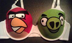 Angry Birds bra. hahaaha !!