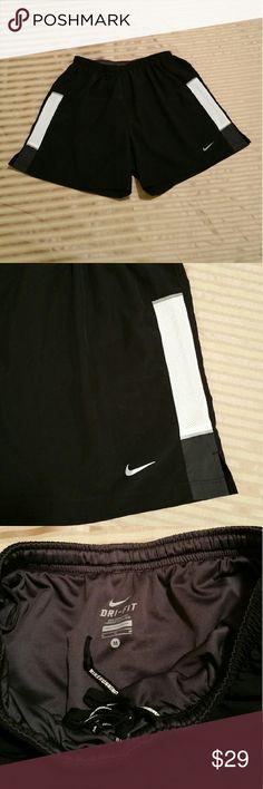 Dri-fit Nike Short size M Excellent Condition Nike Shorts